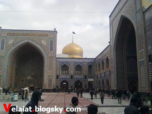 صحن مسجد گوهرشاد